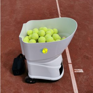 Tennismash 2 - app controlled ball machine